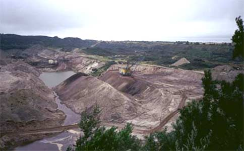 Amber mining in the Kaliningrad Oblast (the Yantarny mine)